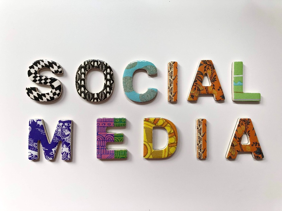 SOCIAL MEDIA FOR BEGINNERS